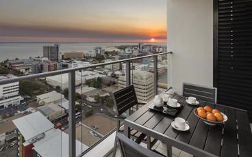 Enjoy a Stay in the heart of Darwin's CBD at Oaks Elan Darwin