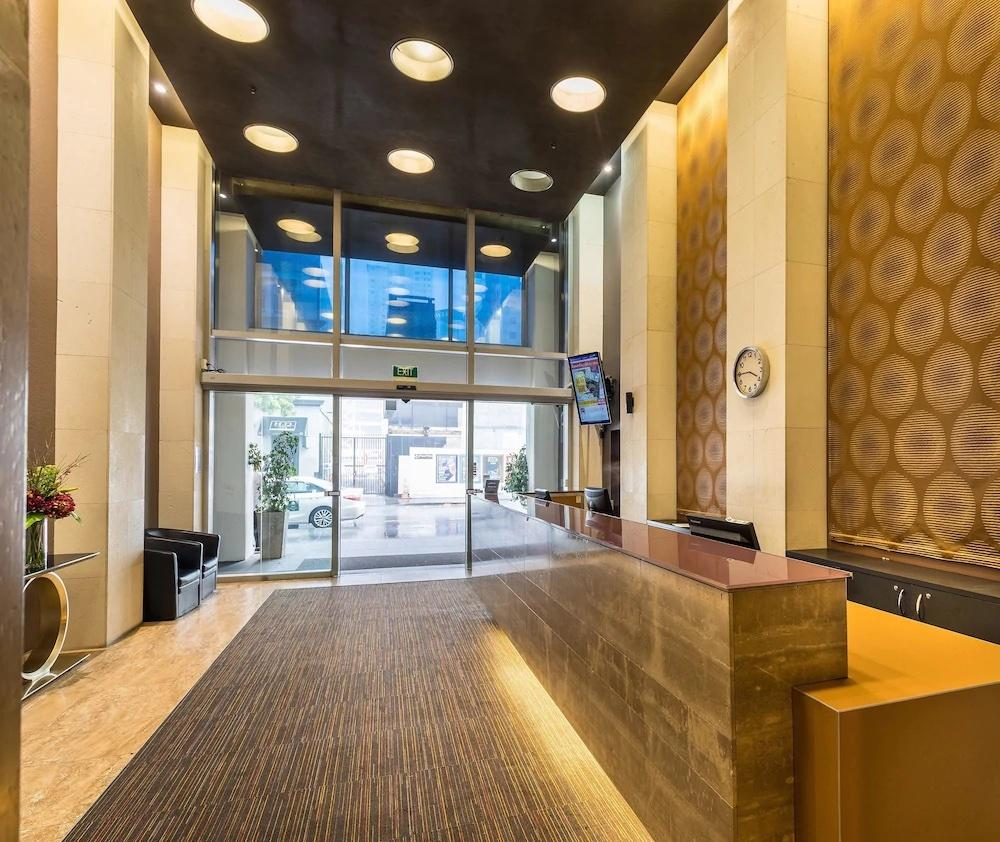 Be close to the action at Auckland Harbour Suites