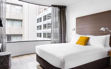 Stay in the Heart of Melbourne's Vibrant City at Ovolo Laneways