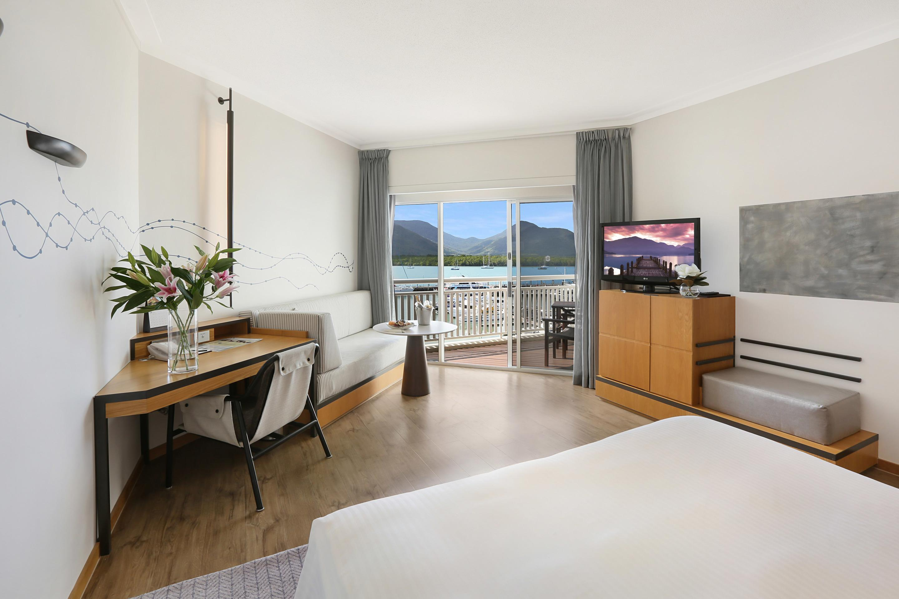 Experience the Ultimate 5-Star Luxury Getaway at the Shangri-La Hotel, The Marina, Cairns