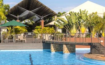 Enjoy 1, 2 or 3 Nights at the Premier Oaks Cable Beach Resort