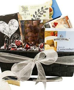Santas Savoury Snacks - FREE OFFER INSIDE THIS HAMPER -