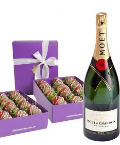 Two Dozen Choc-Dipped Strawberries Moet Indulgence