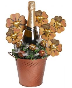 Mum's Chandon Garden Chocolate Bouquet
