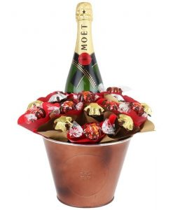 Moet Christmas Chocolate Arrangement Grand