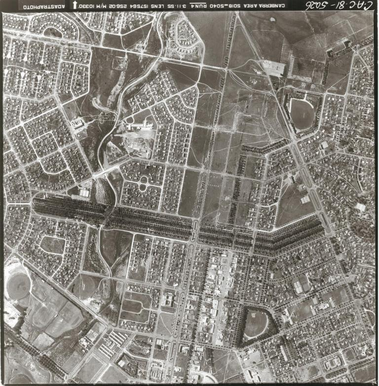 ​Aerial image of Haig Park from 1955.