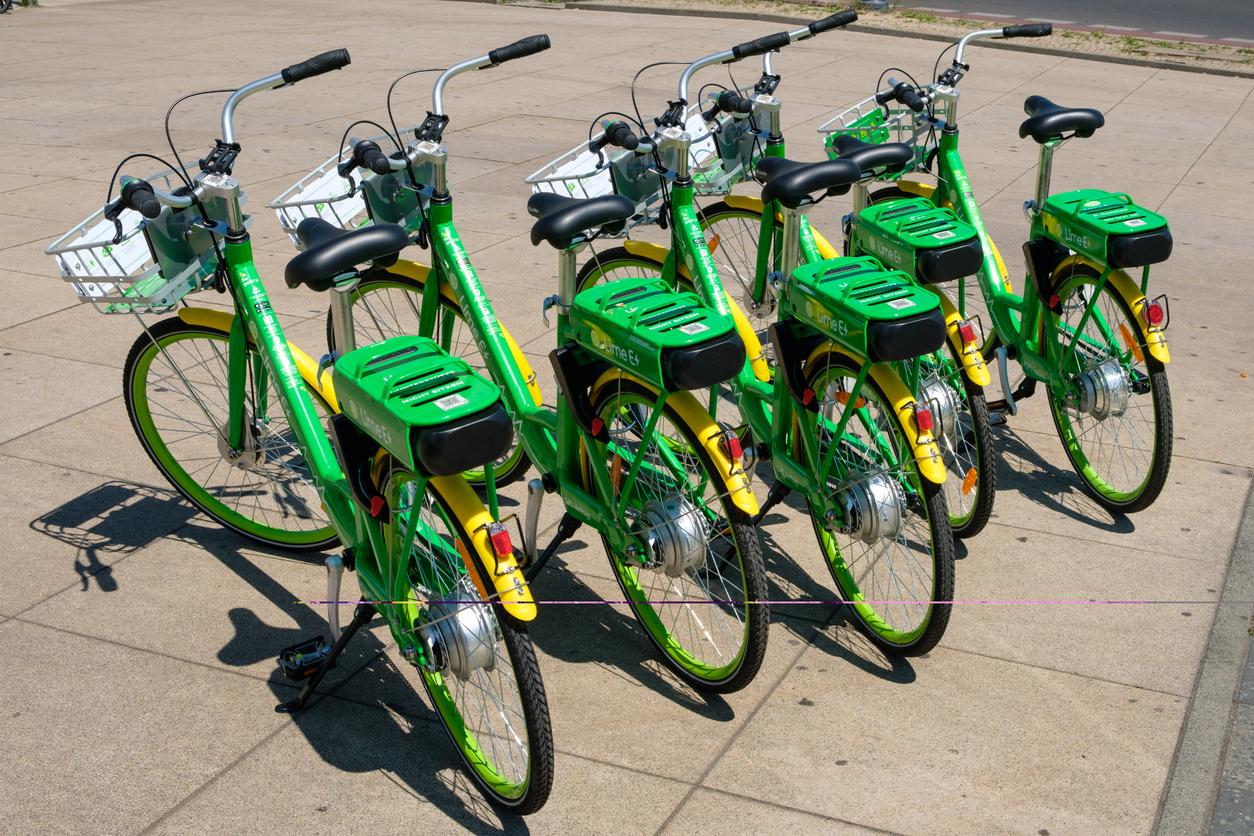 Parked e-bikes