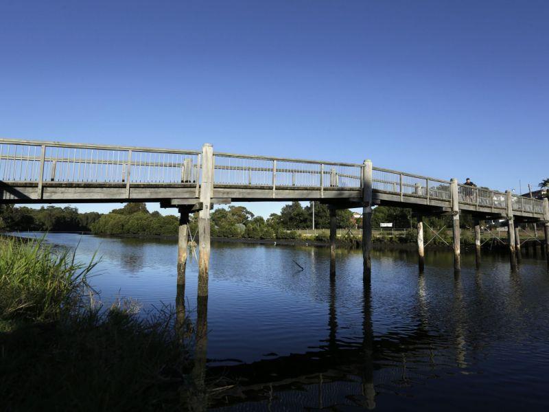 Earlwood Lang Rd Bridge