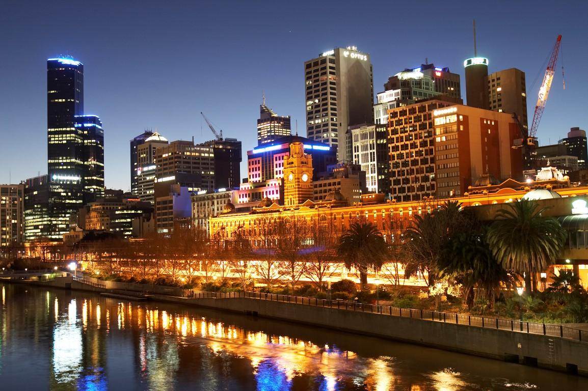 Melbourne_30_Medium.jpg