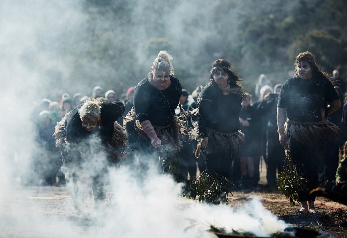 ​Wadawurrung Women smoking ceremony