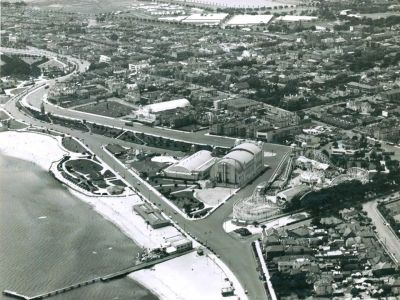 Historical photo of St Kilda provided by Bring Back Brookes Jetty