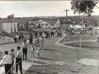 Parade of homes Killarney Heights April 1963