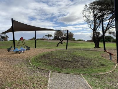 Point Ormond Reserve panoramic view of playground