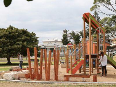 Dawes Park, Barrack Point