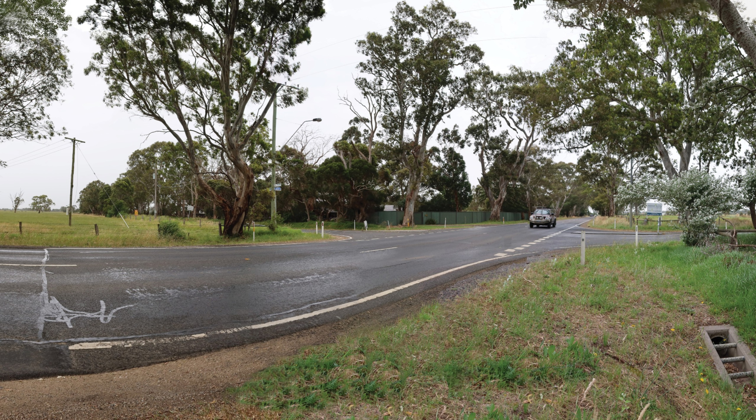 Existing Taylors Road intersection from the road reserve.