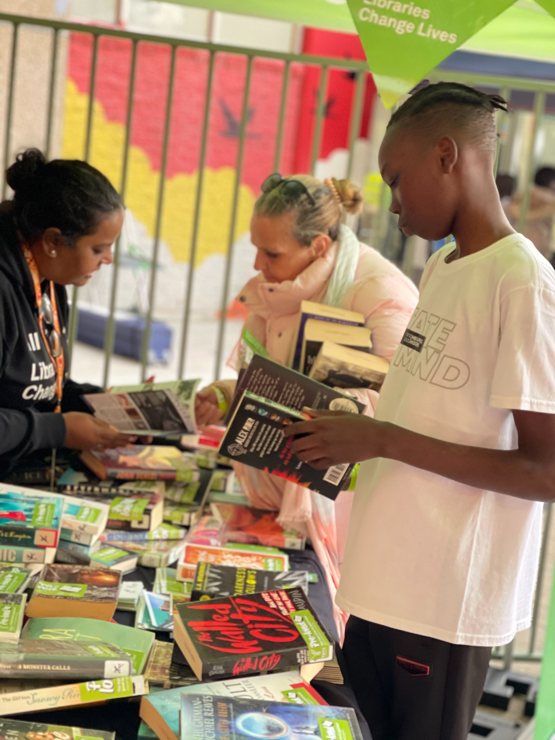 pre loved book stall