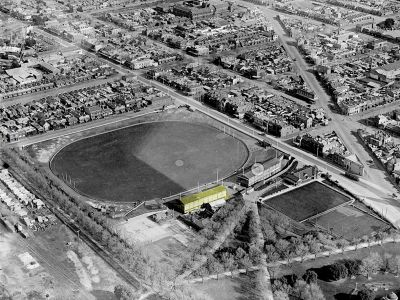 Aerial photo of Brunswick Street Oval from 1925.
