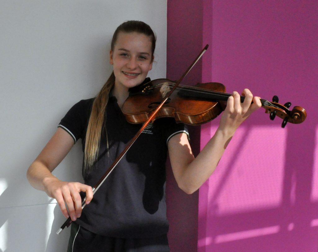 igs-high-school-music-student
