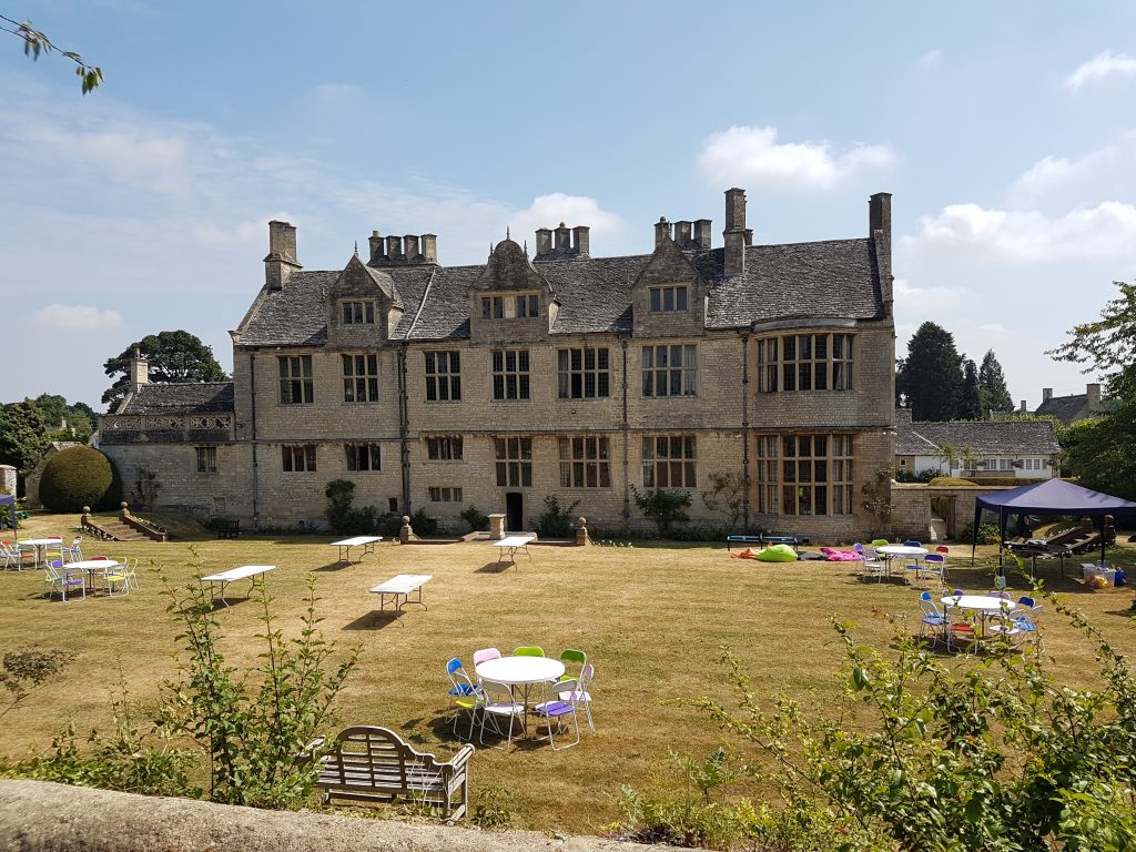 igs-oxford-royale-academy-grounds-3