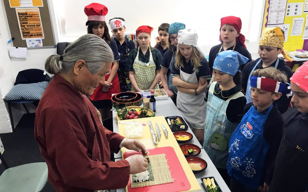 igs-primary-language-studies-sushi-making-tutorial