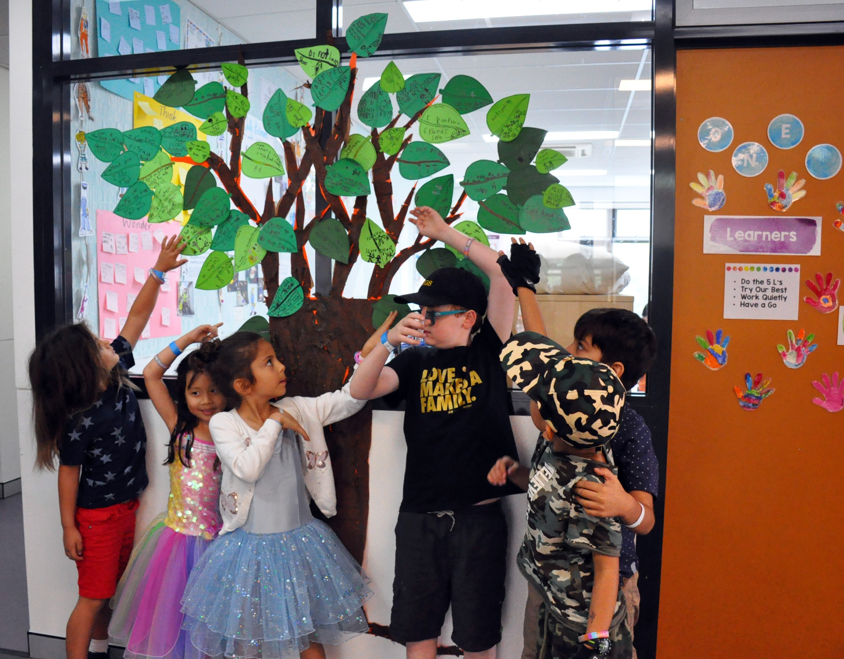 igs-kindness-tree