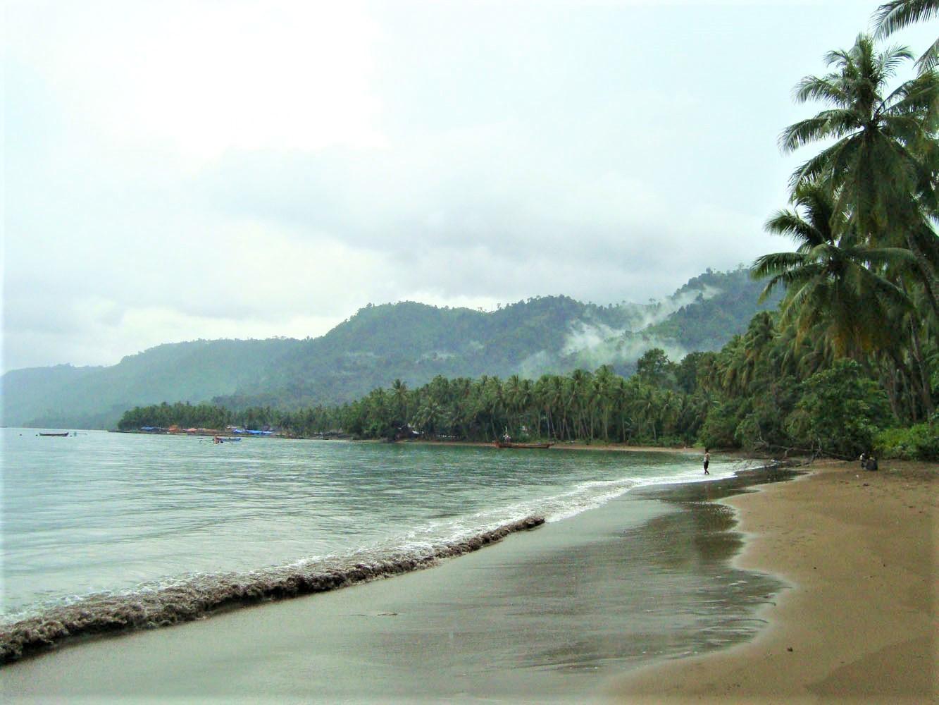 Mulang Sayang Beach