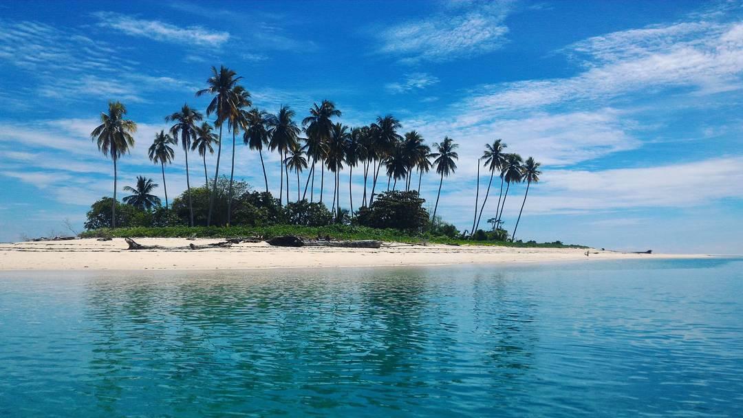 Manimbora Beach