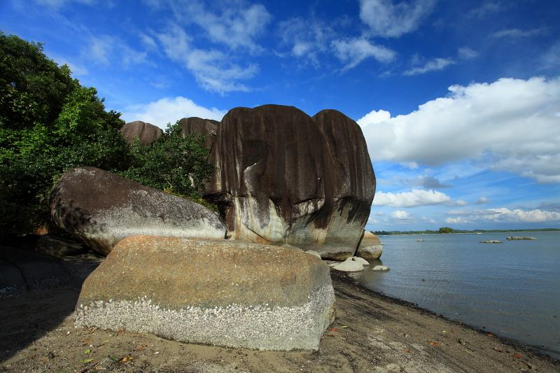 Pantai Batu Dinding Belinyu Bangka