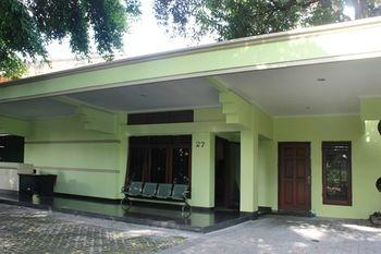 Reddoorz Near Balai Kota Surabaya