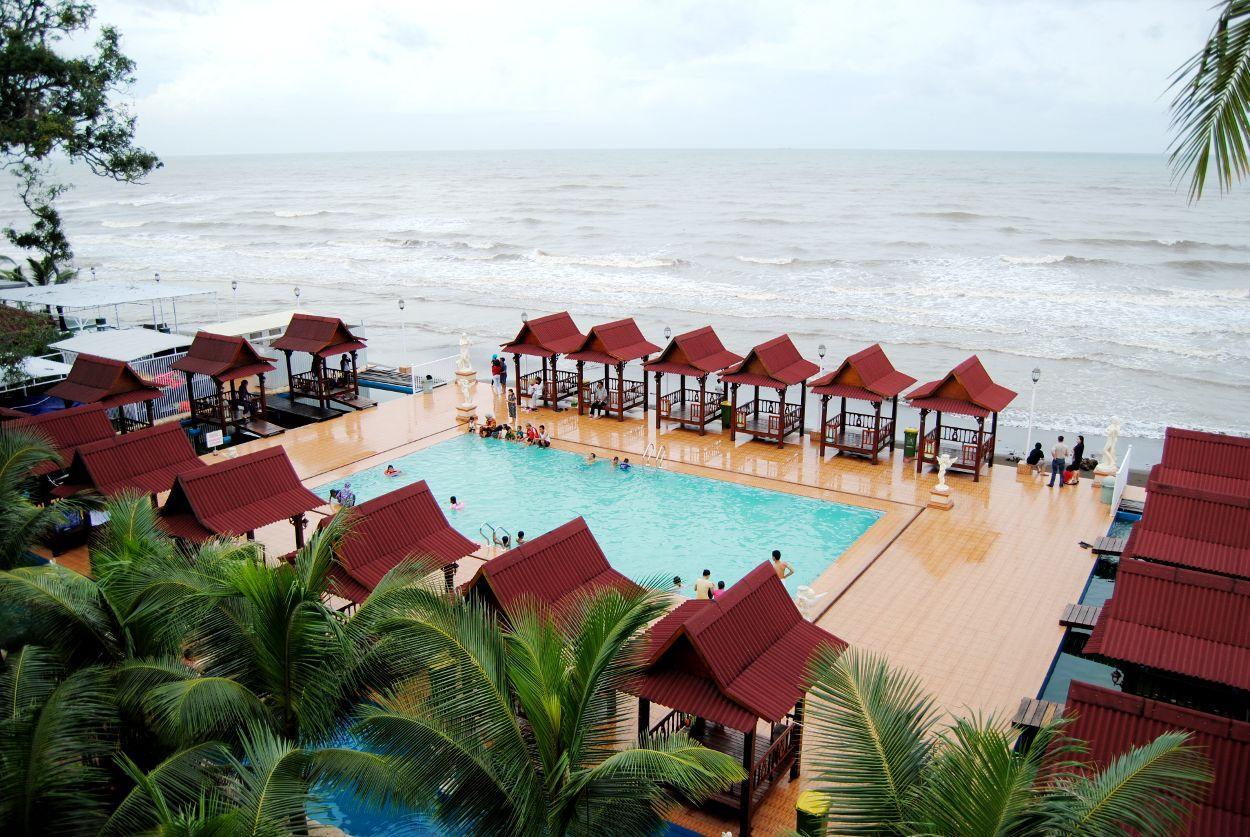 Wisata Pantai Galesong