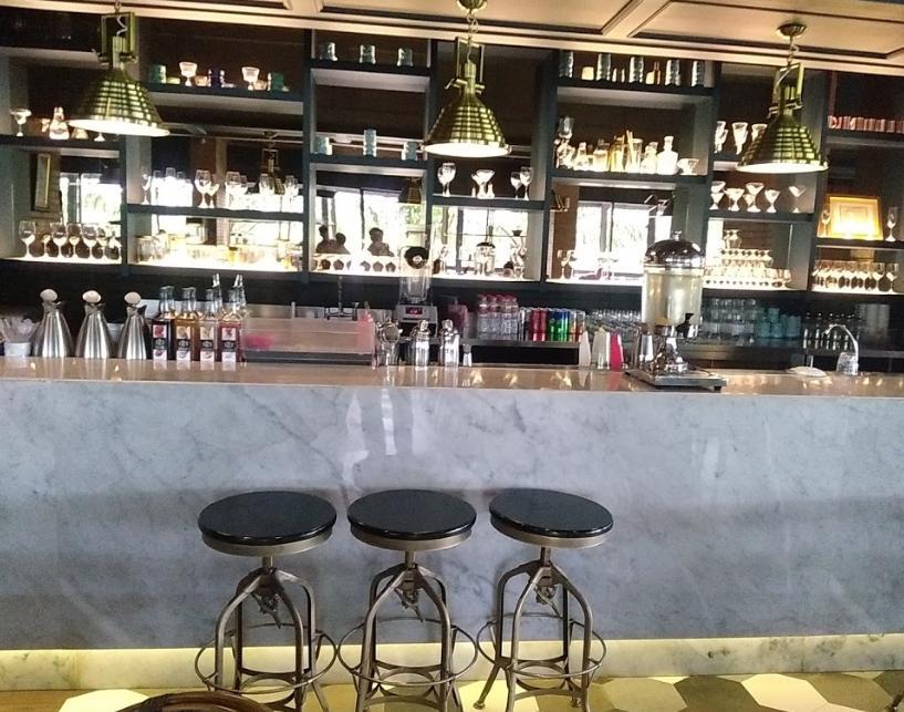 Lyv Kitchen & Bar