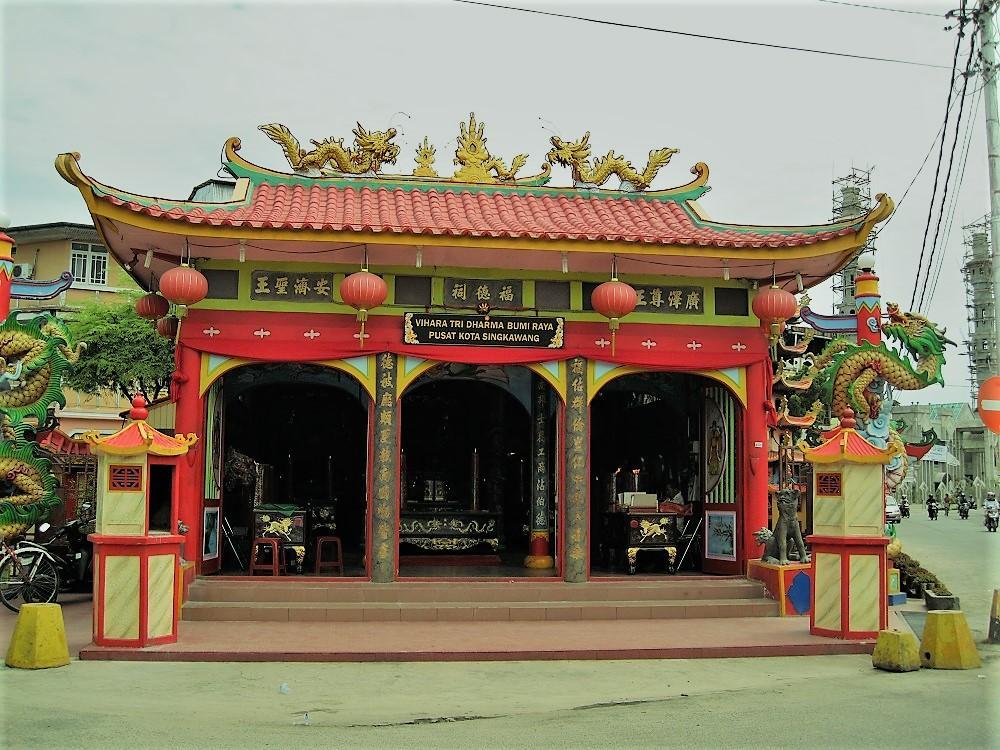 Vihara Tri Dharma Bumi Raya Temple
