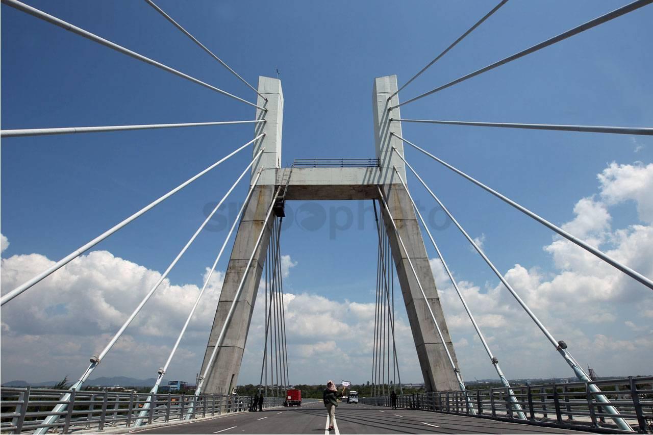 Gold Bridge Pangkalpinang Bangka