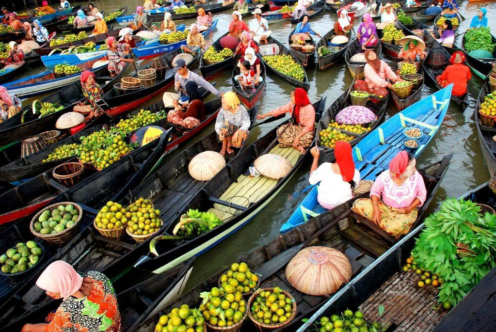 Floating Market Tradition