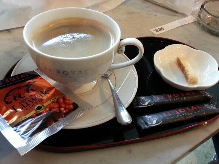 JJ Royal Cafe