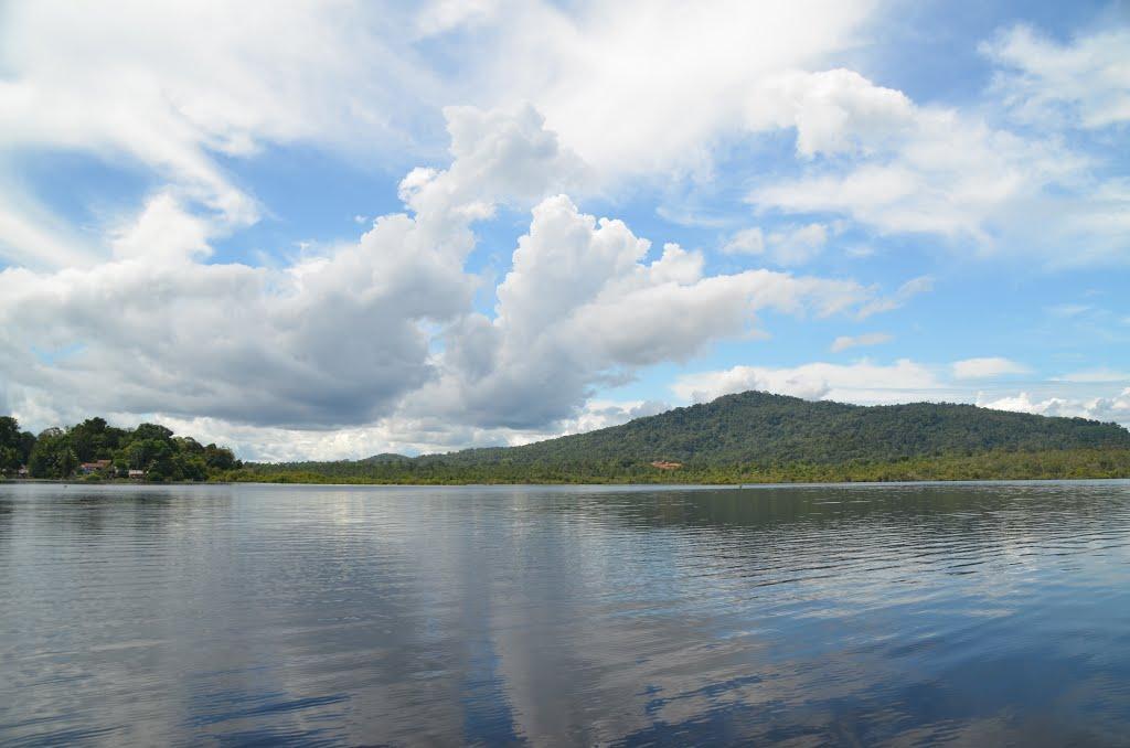 Lake Lait