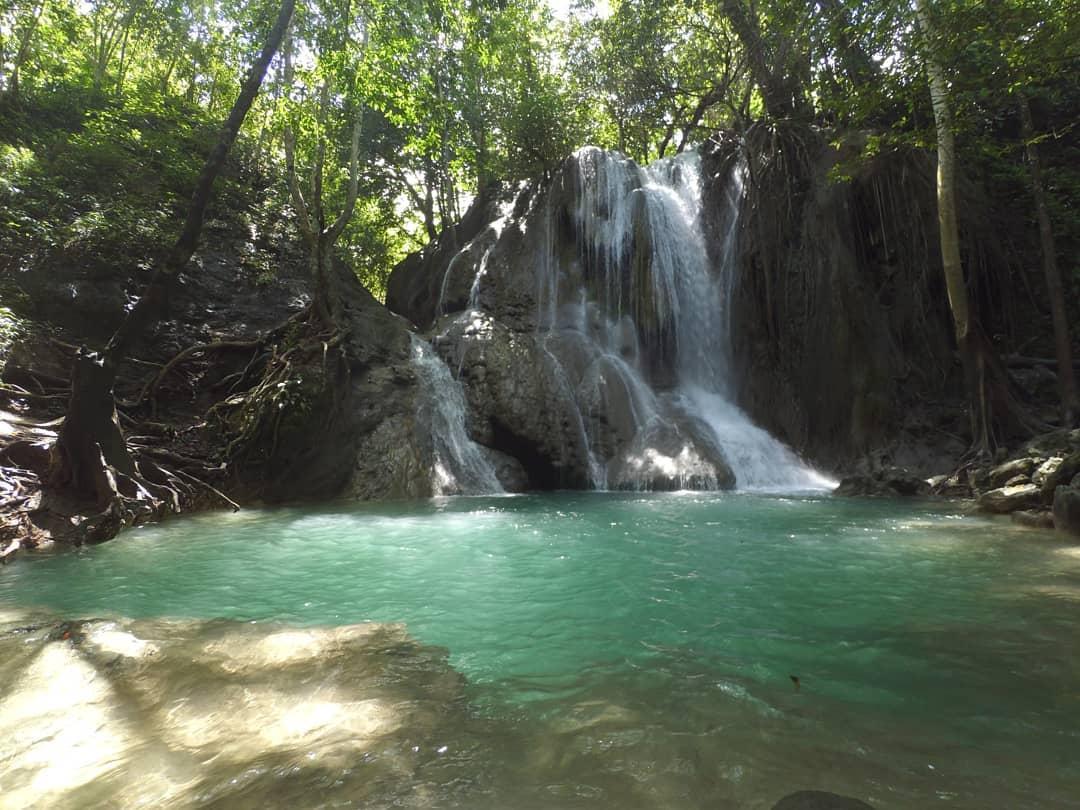 Semporon Tangkel Waterfall