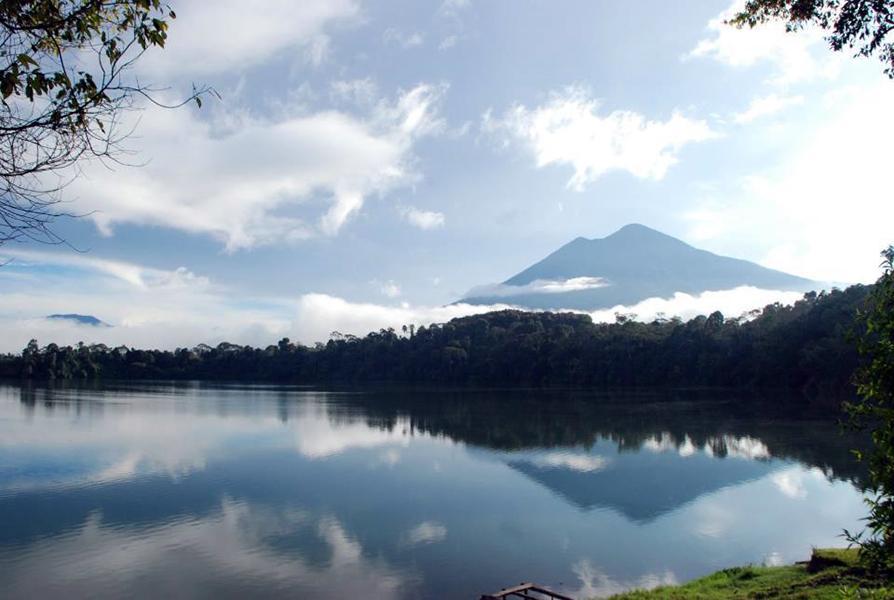 Lake Pauh