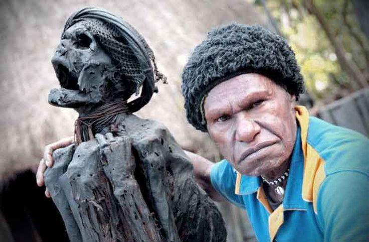 Mummy Of Jiwika - Wim Motok Mabel Mummy