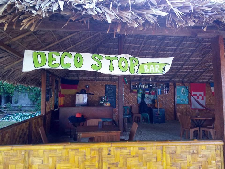 Deco Stop Cafe N Bar