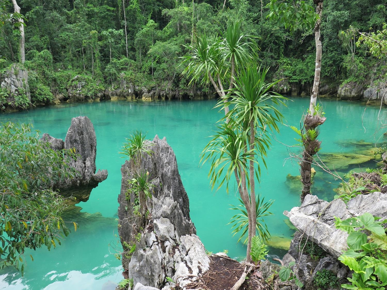 Sombori Blue Lagoon (Mahumalalang Lake)