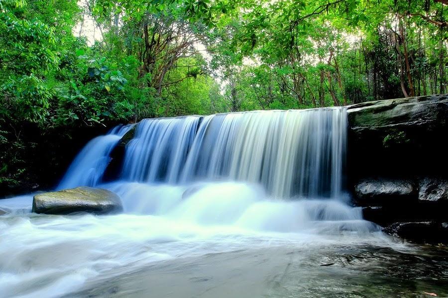 Pancur Aji Sanggau Waterfall