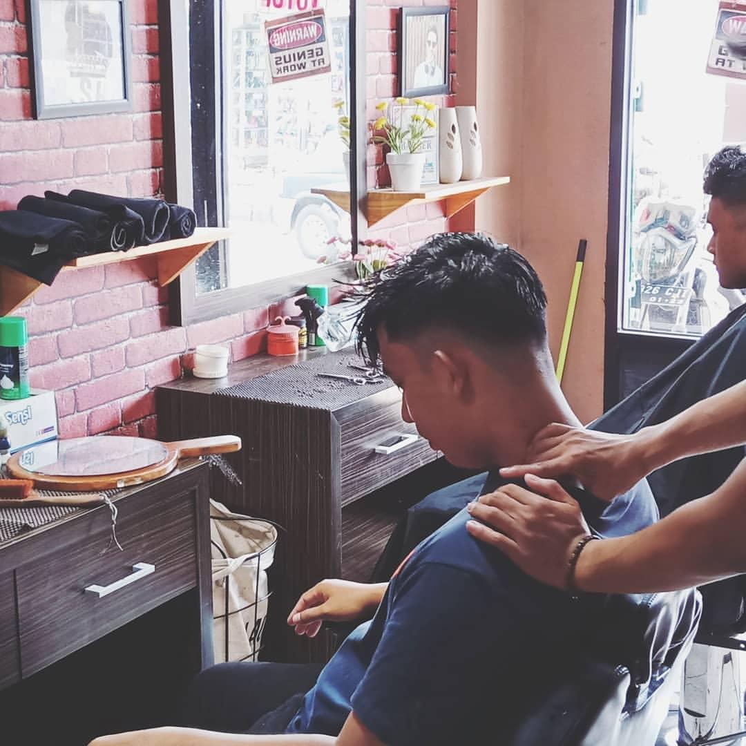 Marley Barbershop