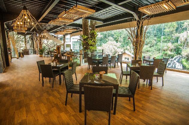 Twig Cafe Maribaya Resort