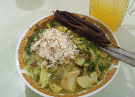 Soto Ayam Suroboyo Cak Hari