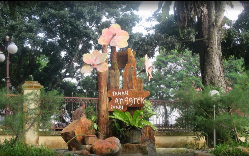 Sri Sudewi Orchid Garden