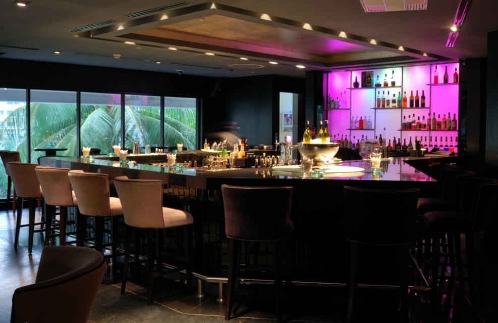 MO Bar - Jakarta