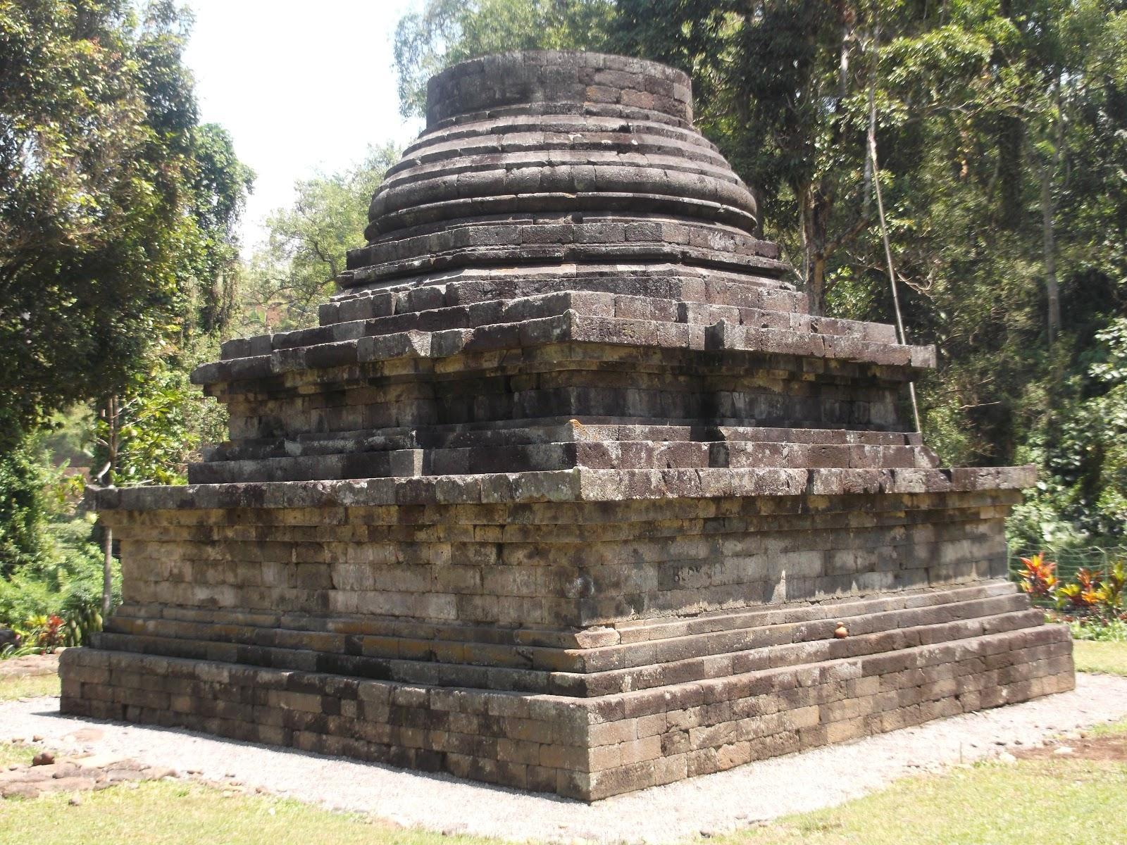 Sumberawan Temple
