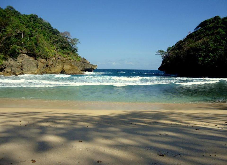 Pantai Rante Wulung Malang