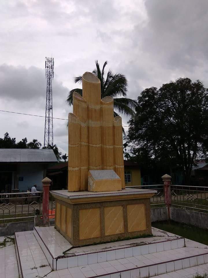 Tugu Pahlawan Cot Plieng